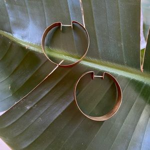 Jewelry - Hammered brass hinged post hoops